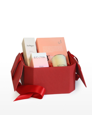 Surprise a loved one and bring joy to the occasion with this 'Thinking Of You' Gift Box